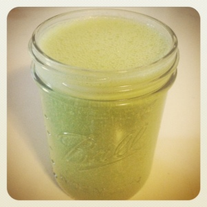 THE green pineapple smoothie...vacation in a mason jar!